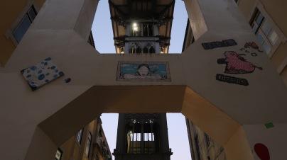 A Lisbon elevator